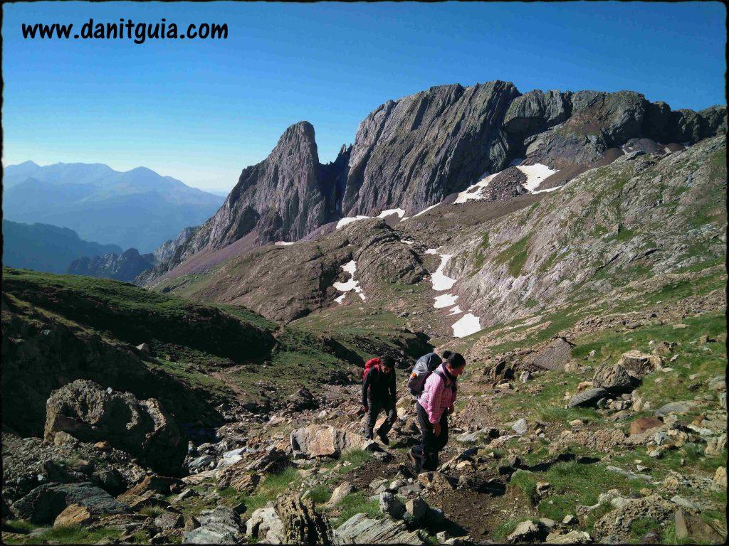Pirineos con guía de montaña