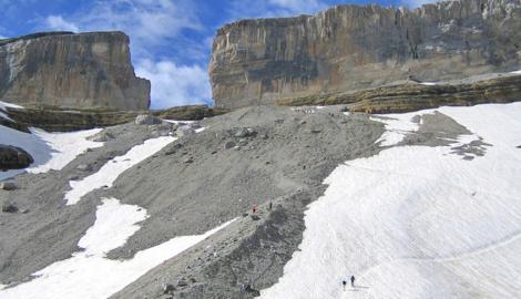 PICO TAILLÓN (3.144 m)