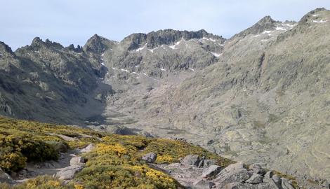 PICO ALMANZOR (2.592m)