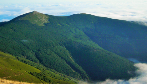 PICO TOROCUERVO        (1.933 m)